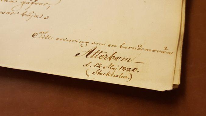 Atterboms namnteckning med texten: till erinring om en barndomsvän Atterbom den 12 maj 1820 Stockholm