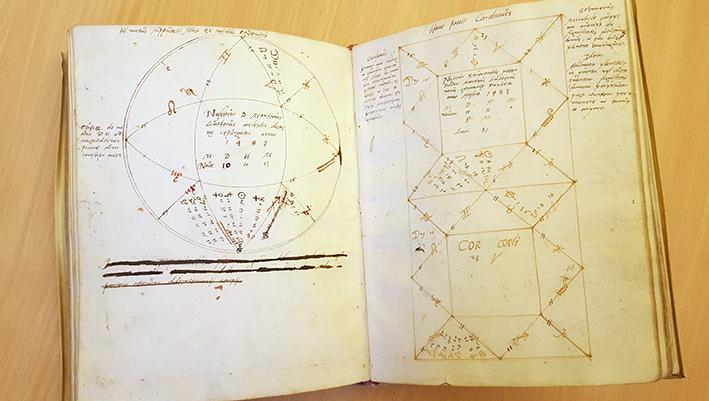 Uppslag med Luthers horoskop