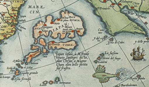 detalj av kartan med japan samt en flygfisk