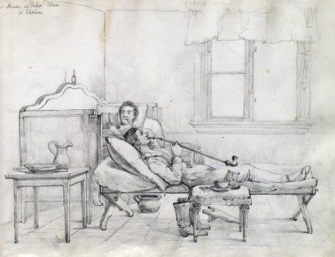 teckning av två män liggande i ett rum, en man läser på en soffa, en annan röker en långskaftad pipa ligagnde på en utdragssäng, ett öppet fönster i bakgrunden