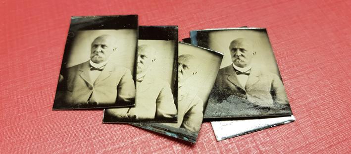 små fotografier på man med valrossmustasch
