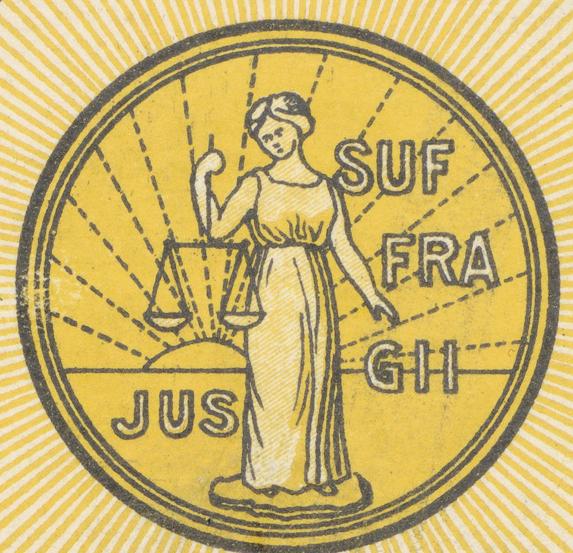 logotyp för Föreningen för kvinnors politiska rösträtt, med en bild av justitia med förbundna ögon hållande vågskålarna och mottot Jus suffragi